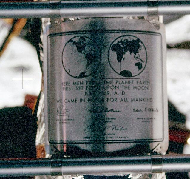 ступили на Луну. Июль 1969